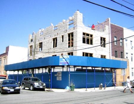 271 Nassau Avenue 9/23/07