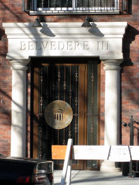 Belvedere III door