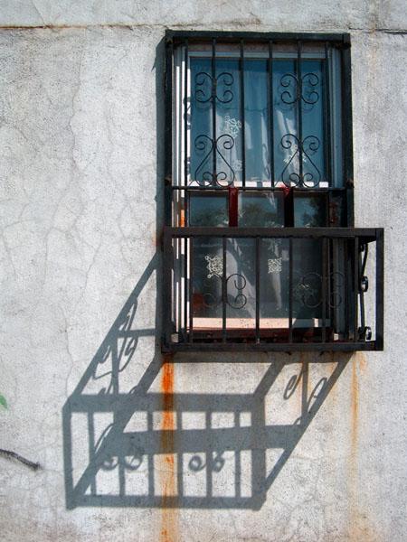 window-on-rodney-streetnys