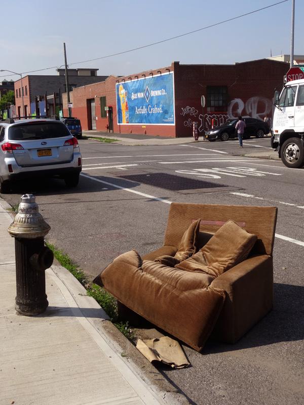 Street Seating Banker Street 61015 nys